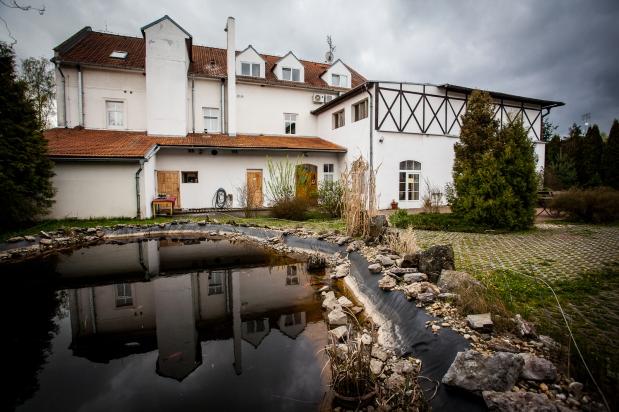 House and garden lake