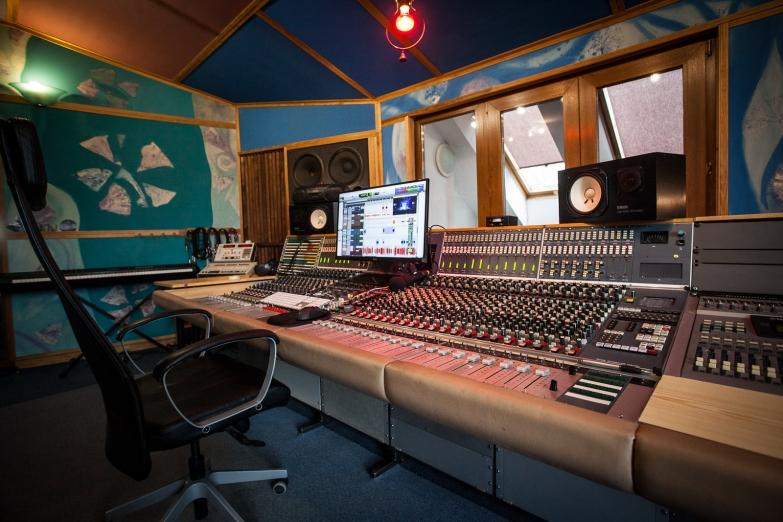 Studio 2 Control room III